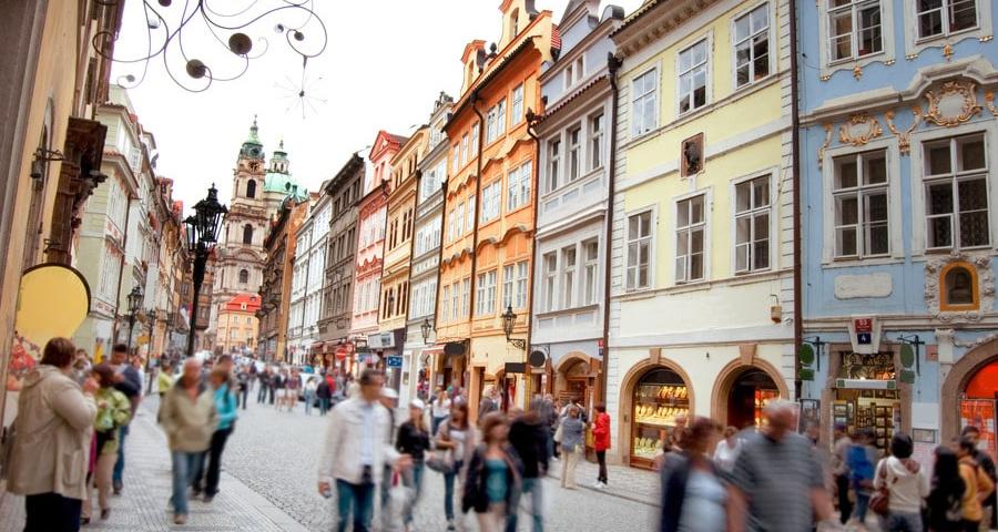 Робота за кордоном: мрія чи реальність?