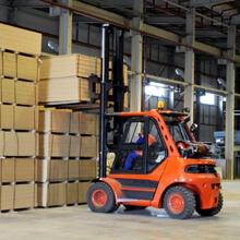 Робота в Європі. Водій автонавантажувача 3.5 тон, 5 тон, 7 тон