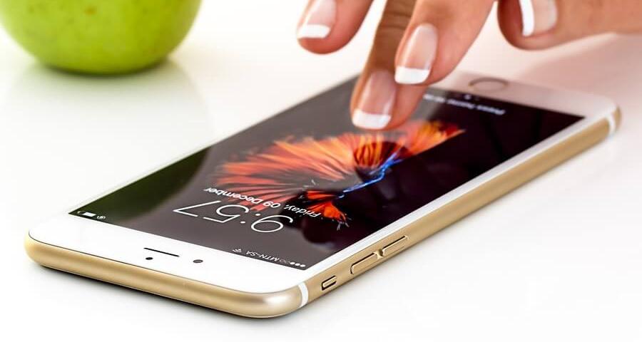 Мобільний зв'язок в Польщі. Що пропонують мобільні оператори?